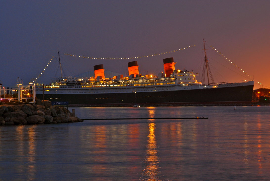 queen mary at night by fd3sdriver d47wtas
